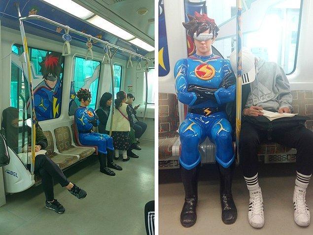 11. Güney Kore'de çizgi film temalı metro vagonları bulunur. Bu metrolardaki anonslar da aynı karakterin ses tonunda duyurulur.