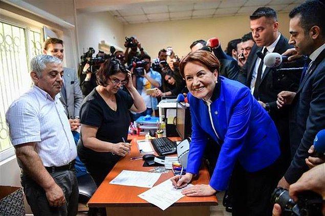 'Cumhurbaşkanı Meral Akşener' sloganları atıldı