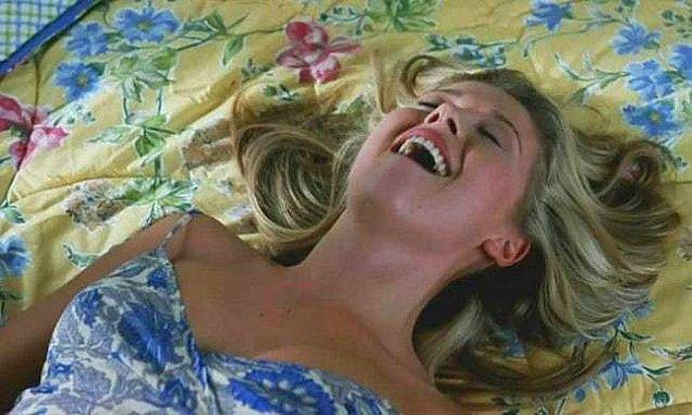 12. Orgazm sırasında sıvı fışkırtmak çok sayıda kadında görülen, gerçek bir durum. Ayrıca sanıldığının aksine bu sıvı idrar değil.
