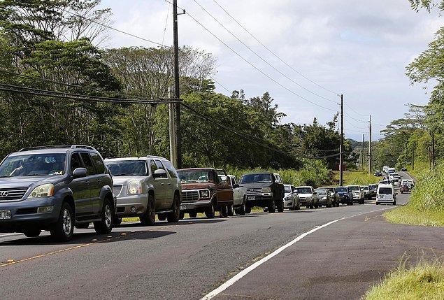 1.700'ü aşkın kişinin güvenli yerlere taşındığı belirtildi.