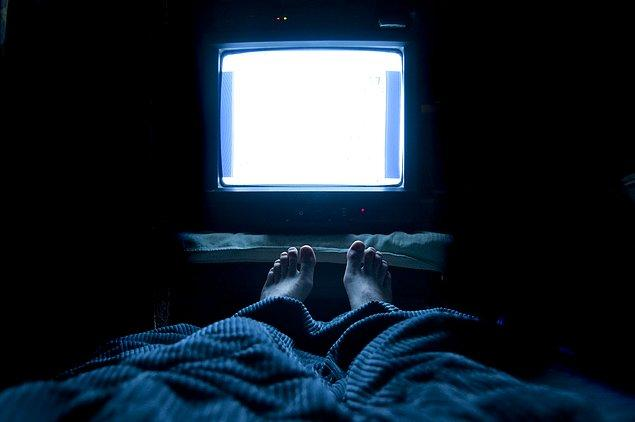 1. Televizyonu sürekli açık tutmak