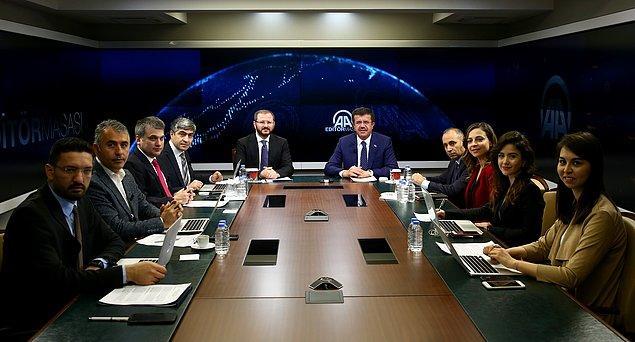Bakan Zeybekci'nin AA Finans Editör Masası'nda yaptığı açıklamalarda, son dönemde yaşanan kur artışlarıyla ilgili yorumu öne çıktı.