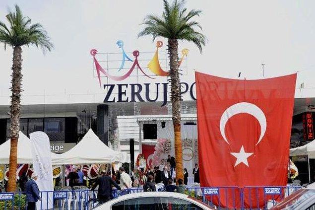 Türkiye'de bir ilk: AVM'de sadece kadın ve çocuk ürünlerinin yer alacak.