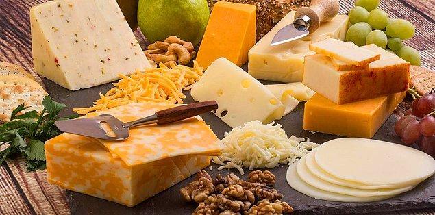 1. Miktarı abartmadıktan sonra peynir çok güzel bir gece atıştırmasıdır.