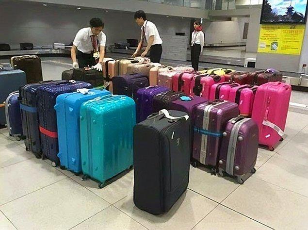 21. Japon hava yolları bagajları renklerine göre düzenliyor.