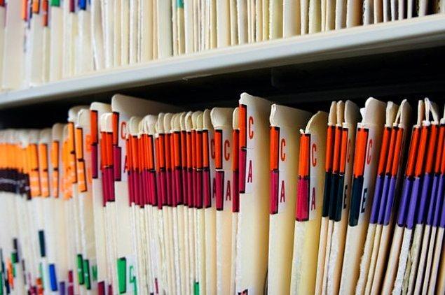 Birçok hastane ve eczane tıbbi kayıtlarımızı şirketlere satıyor.