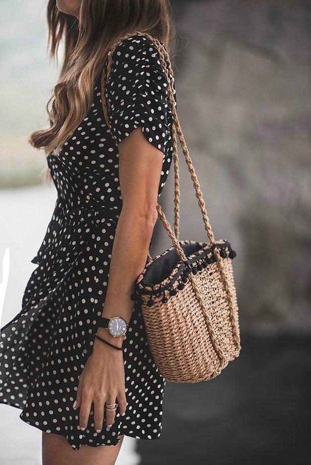 Mini siyah elbise