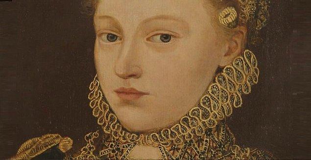 1. Anne'in kardeşi Mary'nin, daha önce VIII. Henry'le bir ilişkisi vardı. O dönemlerde, aynı kişinin iki kardeşle birlikte olmasına ensest ilişki gözüyle bakılıyordu.