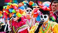 """Футбольные фанаты из Мексики привезли свой """"День мёртвых"""" в Москву: Как это было?"""