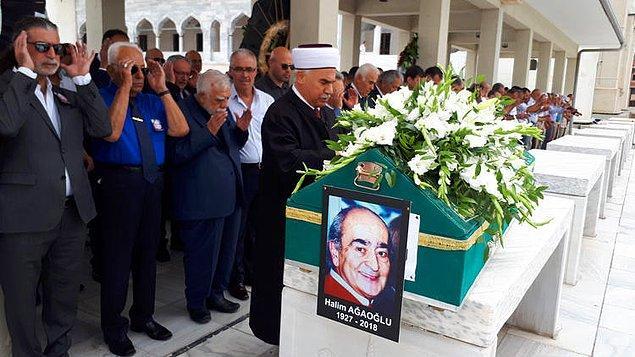 """Ankara'da Cebeci Asri Mezarlığı'nda beni toprağa verecekler.  """"Allah Rahmet Eylesin"""" diyeceklere  şimdiden  """"Eyvallah"""""""