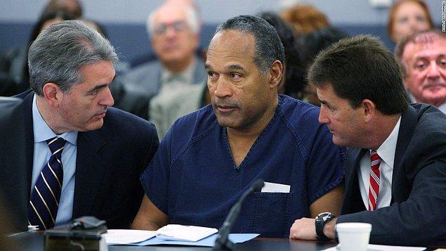 Görünürde her ne kadar beraat etmiş olsa da bir suçlu olarak anılan Simpson, yıllar sonra 2008'de silahlı soygun ve adam kaçırma suçundan tutuklandı.