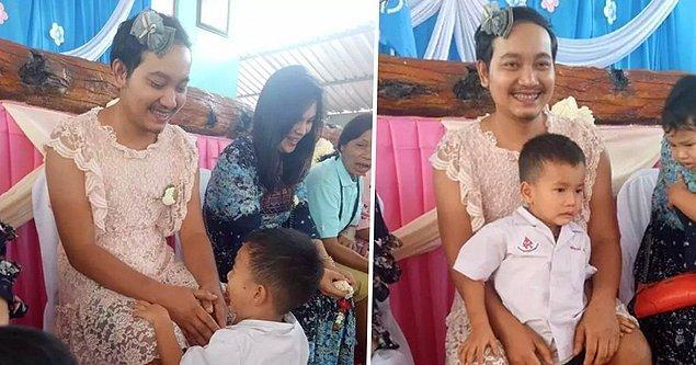 Chatchai Panuthai adındaki baba 3 ve 5 yaşlarındaki oğulları Imsome ve Ozone Tayland'da 12 Ağustos'ta kutlanan Anneler Günü'nde okulda düzenlenen eğlencenin tadını rahatça çıkarabilsinler diye elinden geleni ardına koymadı.