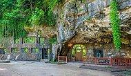 Пещеру-бомбоубежище переделали в роскошный дом, и он выглядит обычным только до тех пор, пока вы не окажетесь внутри