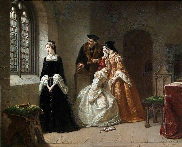 Edward'ın vasiyeti ne emrederse emretsin, Prenses Mary hakkı olan tahtın peşini bırakma niyetinde değildi. Jane, kraliçeliğe uygun olmasına rağmen halk da Mary'nin tahta geçmesinden yanaydı.
