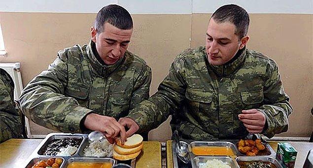 """""""Yemek öncesi 'Tanrımıza hamdolsun' ibaresi yerine 'Allah'ımıza hamdolsun' ibaresi kullanılmakta."""""""
