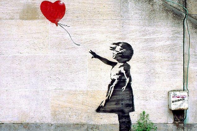 'Kırmızı balonlu kız', sokak sanatçısı Banksy'nin en bilinen eserlerinden biri.