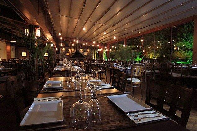 2. Villa Restaurant
