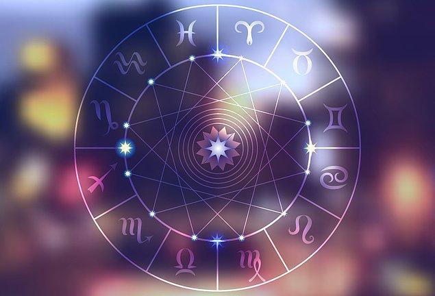 1. Astrolojinin temelini oluşturan, yıldızlara isimlerini veren ve ilk Astrolojik kayıtların sahibi topluluk hangisidir?