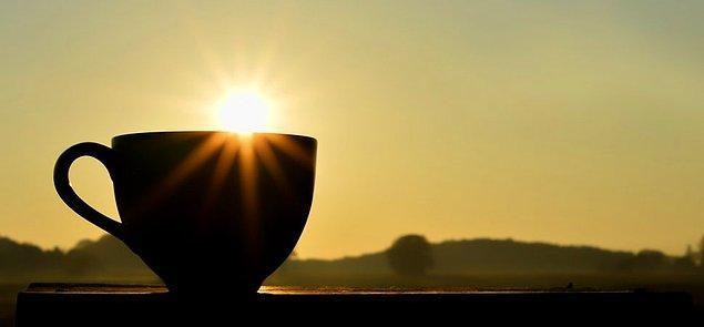 04.30'da uyanmak marifet değil. Önemli olan sabah 04.30'da uyanmayı sevmek.