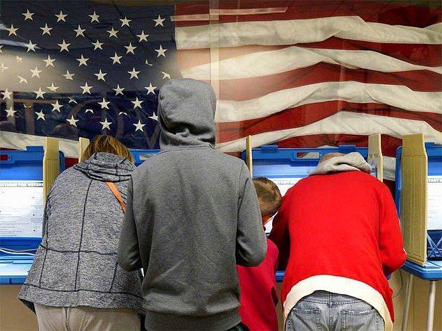 Öte yandan Amerikalıların günlük hayatını daha fazla ilgilendiren valilik seçimleri de ülke gündemindeki tartışmalarda yerini koruyor.