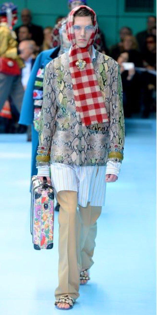 Ancak bu kez moda haline getirilmeye çalışılan klasik başörtüsü olarak bilinen ve kadınların kullandığı eşarplar.