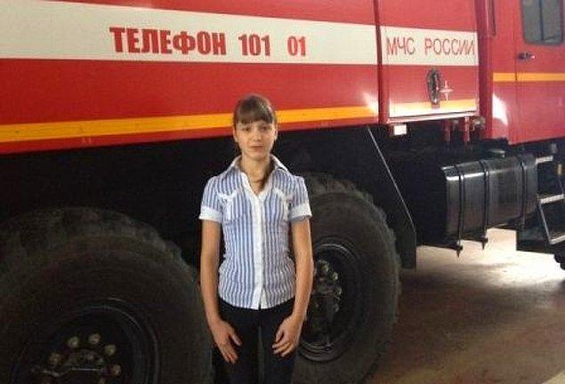 10. 14 yaşında ve öğrenci olan Katya Ovcharova, yangın sırasında 6 çocuğun hayatını kurtardı.