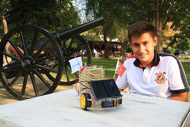 9. Yusuf Kaan Gökalp 13 yaşında ama yer aldığı projeler bir hayli büyük.