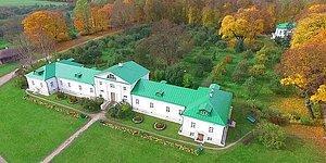 Тест: угадайте, кто из всемирно известных писателей жил в этих домах?
