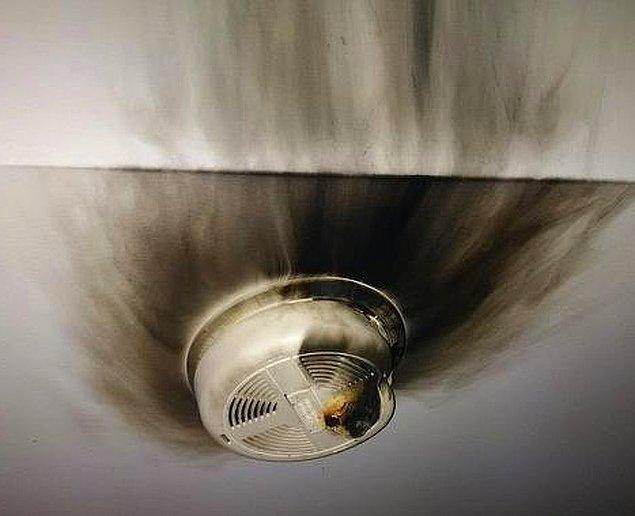 10. Yangın alarmları gerçekten çok tehlikeli cihazlar.