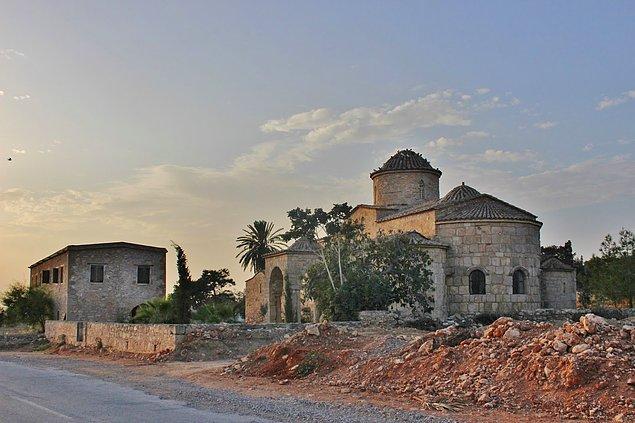 Aziz Mark'ı tasvir eden mozaik 1970'lerde Karpaz Yarımadası'ndaki Panayia Kanakaria Kilisesi'nden çalınmıştı.