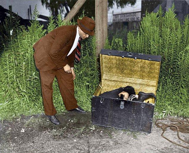 24. Kimliği bilinmeyen bir adam, 1945.