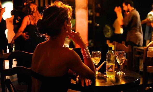 Yaşanan vakaların sekizinde kadınların hesap ödediği öğrenilirken 2'sinde ise restoranların hesabı üstlendiği belirtildi.