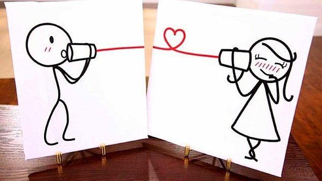 2. Bu tarz ilişki yaşayan insanların her zaman birbirlerine anlatacakları şeyler de epey fazladır.