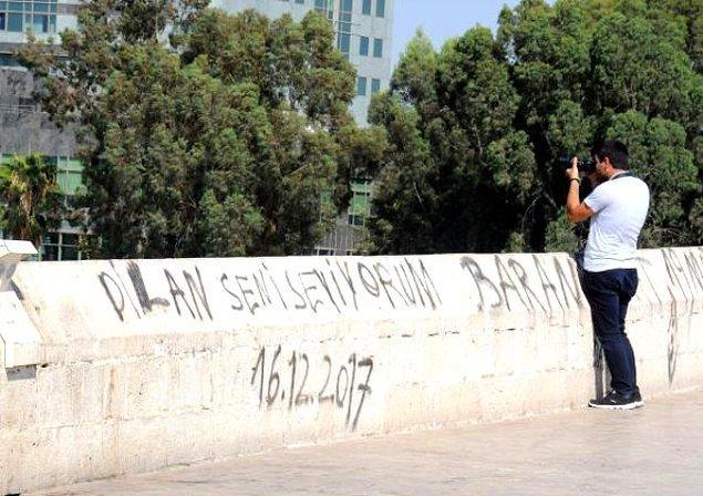 Adana Seyhan'daki 16 asırlık taş köprü yayalara açıldığından beri mahvediliyor.