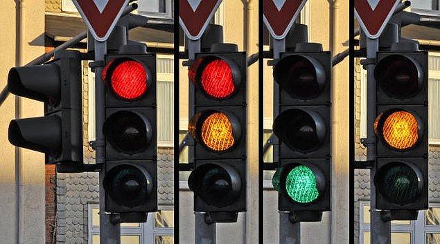 1. Trafik ışıkları trafiğin artmasına neden olur