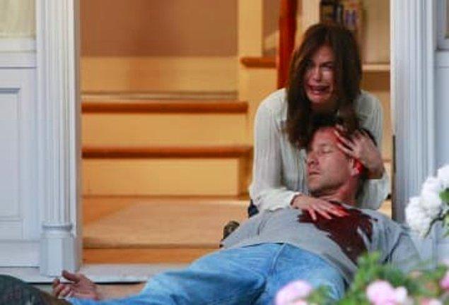 13. ''Desperate Housewives''taki Mike karakterinin öldürülmesi...
