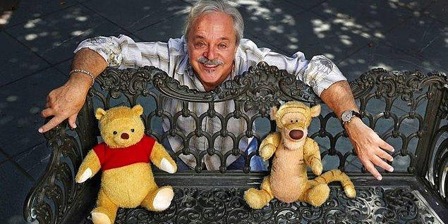 17. Scar'ı seslendiren kişi aynı zamanda Winnie the Pooh'yu seslendiriyor.