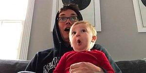 """Реакция малыша, просматривающего трейлер к новому фильму """"Король Лев"""", просто бесподобна"""