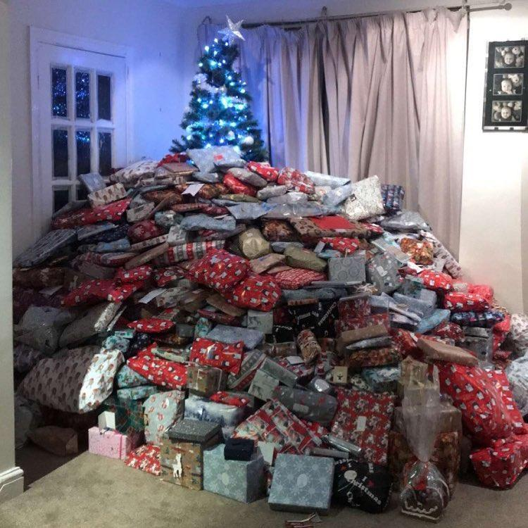 Old People Christmas Gifts: A Mum Is Called Selfish After Posting Photo A Mountainload