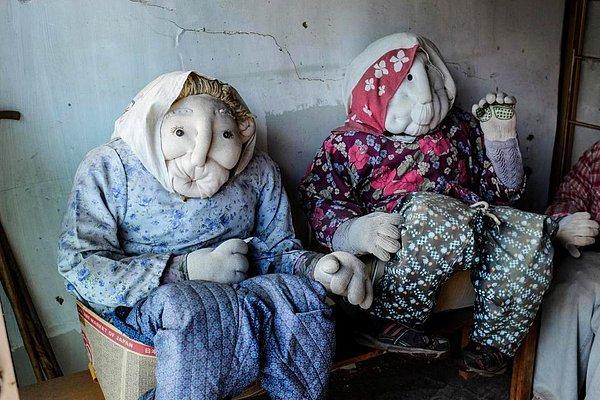 Дом кукол: в Японии создана деревня, призванная обратить внимание на сокращение населения и почтить память умерших