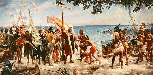 """10. 1493 yılında Kristof Kolomb bir deniz kızı gördüğünü düşünmüş ve yaşadığı bu ilginç deneyimi şu sözlerle aktarmıştı: """"Anlattıkları gibi güzel değildi, hatta bir kızdan çok erkeğe benziyordu."""""""