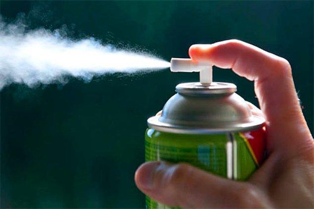 1978: İsveç, ozon tabakasına zarar vermesi nedeniyle aerosol spreylerin kullanımını yasakladı ve bu tür bir yasak getiren ilk ülke oldu.