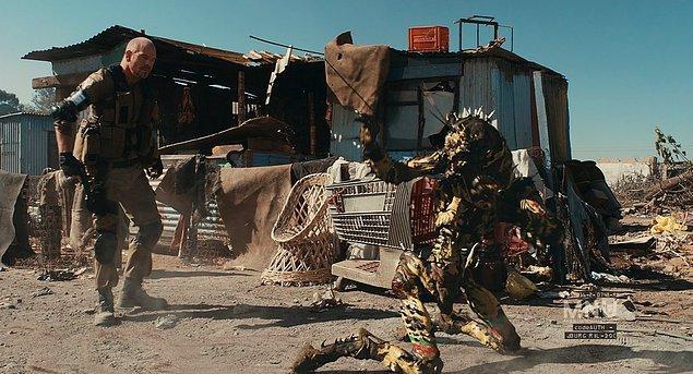 #4 Yasak Bölge 9 (2009) District 9