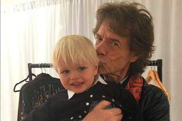 11. Müzisyen Mick Jagger ise 6 çocuktan sonra 1999 senesinde oğlu Lucas dünyaya geldiğinde 56 yaşındaydı.