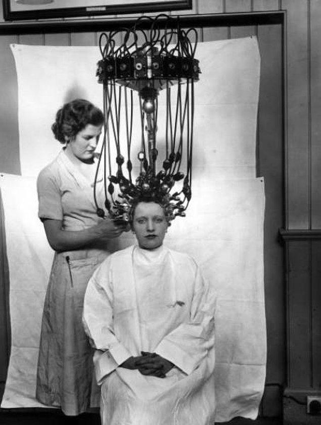 13. Sallanma ve çarpmaya dayanıklı saç perması makinesi