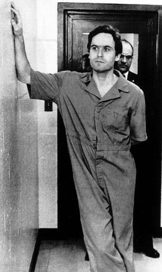 2 ay sonra yakalansa da 1977'de yine hapisten kaçmayı başarmıştı. Bu sefer cinayetlerine Florida'da devam edecekti...