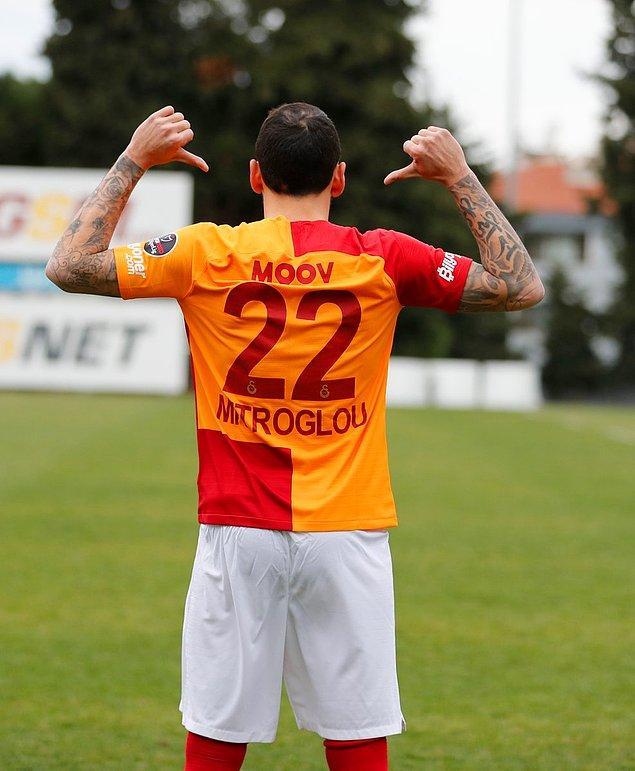 Galatasaray, Konstantinos Mitroglou'nun 1.5 yıllığına kiralandığını borsaya bildirdi.