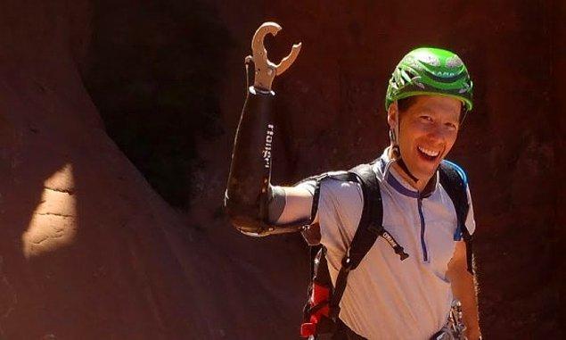 2. Aron Ralston - Bir kaya ve kanyon arasında sıkışarak 127 saatlik bir yaşam mücadelesi veren adam