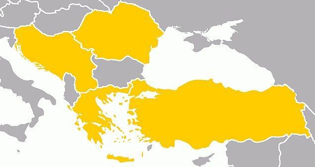 1934: Balkan Antantı; Türkiye, Yunanistan, Yugoslavya ve Romanya arasında Atina'da imzalandı.