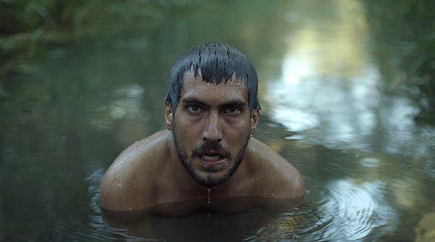 9. Emin Alper yönetmenliğindeki Tepenin Ardı, Asya Pasifik Film Ödülleri'nde En İyi Film seçildi.